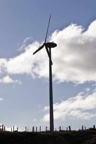 Wind turbine at Uppermill Farm