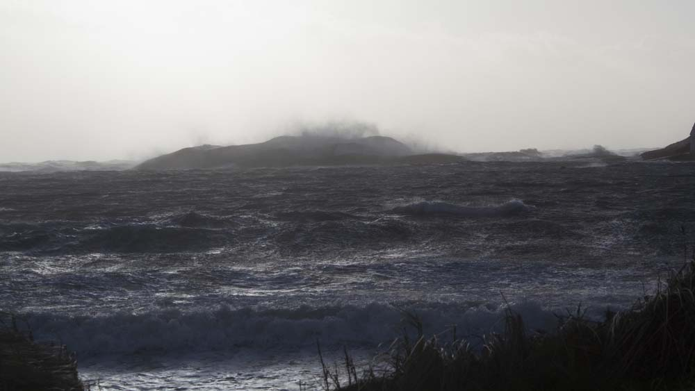 Christmas storm at Borthwen beach, Rhoscolyn