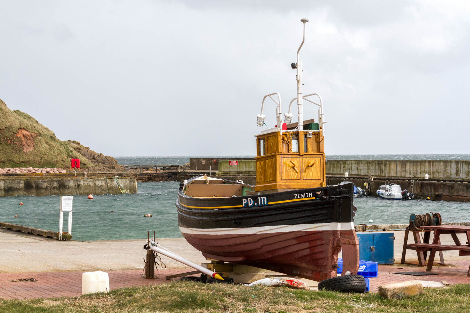 A cold day at Port Erroll