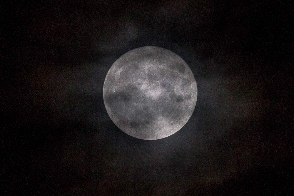 8 pm moon
